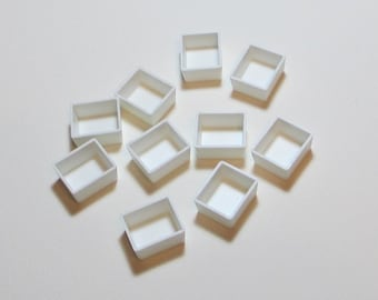 10 plastic HALF PANS for WATERCOLOR palettes and mini palettes - for color refills