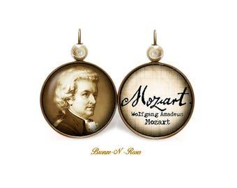 Wolfgang Amadeus Mozart cabochon earrings sleepers vintage retro