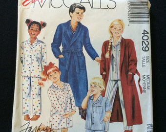 McCall's 4029 Boys and Girls Robe, Nightshirt and PJs