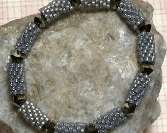 Beadwork Bracelet Gold Beaded Bangle Beadwoven Bracelet Gold Brass Bracelet Tube Beaded Bracelet Peyote Bead Bracelet Size 5 1/2 Bracelet