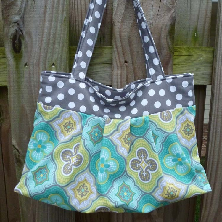 PDF Sewing Pattern Gathered or Pleated Tote Bag by Aivilo