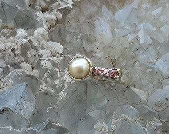 No.69  Pearl with Pink Saphire Ring Size 7-3/4