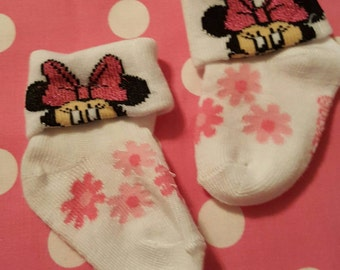 Minnie Mouse Flower Footies