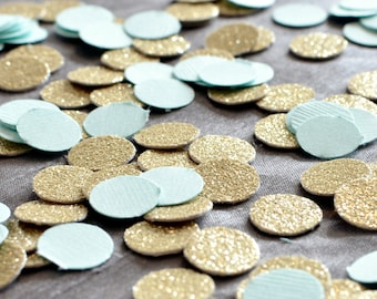 "Paper Confetti, 200pc 3/4"" Mint Gold Confetti, circle confetti, Birthday Party decor, wedding decor, table decor"