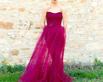 Size 4/8 Burgundy Strapless Tulle Special Occasion Bridesmaid Gown with Sheath Skirt and Lace