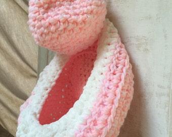 Crochet Hanging Basket, Crochet Doorknob Basket  SET of 2