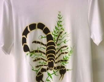 Scorpio... Free hand painted T-shirt, painted on the two sides in front and back. Every shirt is original and never the same.