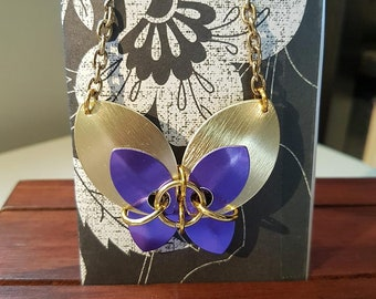 Chain maille butterfly necklace - purple/gold