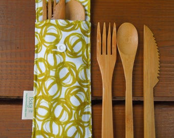 Reusable bamboo cutlery and carrying pouch - Picnic cutlery case - Flatware pouch - Bamboo cutlery -  Loops in chartreuse - Waste free lunch