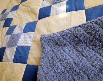 Azure Blue Bunny Toile baby quilt