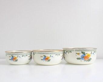 Vintage Bowls, Vintage Mixing Bowls, Mixing Bowl Set, Enamel Bowls, Enamel Mixing Bowls, Floral Bowls, Floral Mixing Bowls, Set of 3 Bowls