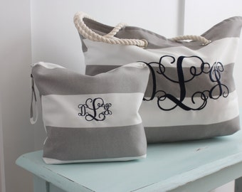 Monogrammed Beach Bag Wet Bag Combo - Beach Tote - Water Resistant Bag - Bridal Gift - Bridesmaid Set - Nautical Bag