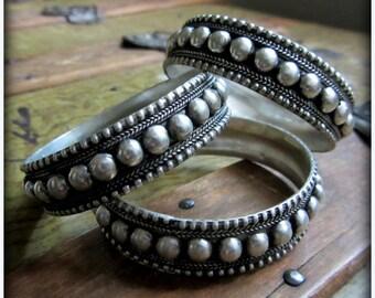 Silver Bangle Tribal Belly Dance Bracelets ~ Ethnic Gypsy Jewelry, Antique Granulation Studded Nubby ~ ATS Bellydance ~ standard size