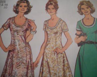 Vintage 1970's Simplicity 5967 Dress Sewing Pattern Size 44 and 46 Bust 48 and Bust 50