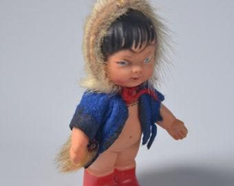 """eb2936 Eskimo Doll Mid-Century Inuit Alaska Marked """"K. Schrickel"""" 4"""" Tall"""