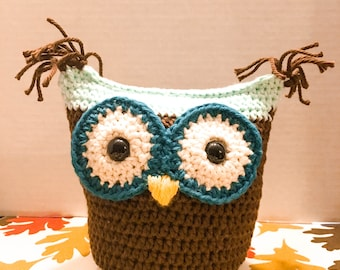 Owl soft toy knitted