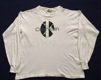 On Sale 28% Calvin Klein Size L 90s T shirt