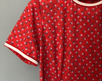Vintage Red Floral Pattern Day Dress w Belt