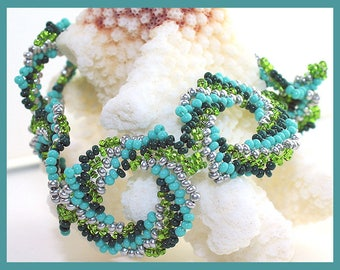 Turquoise, Green, and Silver Spiral Link Beadwoven Bracelet with Beadwoven Toggle Clasp SRAJD