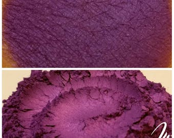 Mean Right Hook - Violet Eyeshadow Pigment - ili