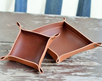 valet tray, catch all tray, leather catch all tray, leather valet tray, leather tray, small valet tray, home decor, gift for him