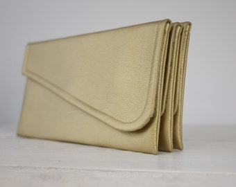 Simple gold clutch | simple gold bridesmaid clutch | simple gold wedding clutch