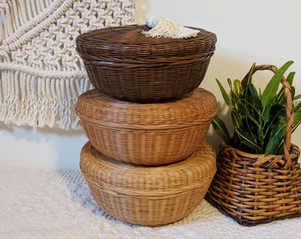Set of 3 Lidded Wicker Baskets / Lidded Woven Baskets / Bathroom Organization / Basket Storage