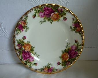 "Royal Albert Old Country Roses China Side Plate 16cms (6 1/4"")"