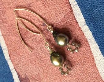 Pearls, Labradorite, 925 Sterling Silver earrings