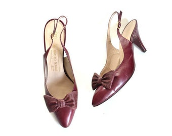 red shoes red pumps red heels low heel shoes bow front shoes, designer shoes kitten heels vintage shoes women shoes slingbacks size 8 narrow