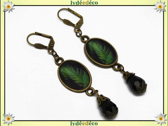 Earrings retro vintage oval cabochon feather bronze pearls glass pendants 20 mm x 15mm black resin lime green