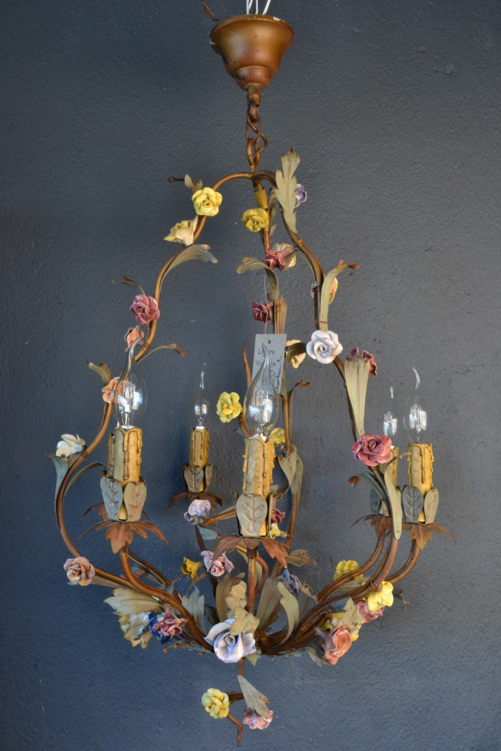 Stunning italian tole chandelier with colourful porcelain flowers arubaitofo Gallery