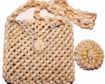 Vintage handmade seashell messenger bag with matching coin wallet shipping included within USA and Canada