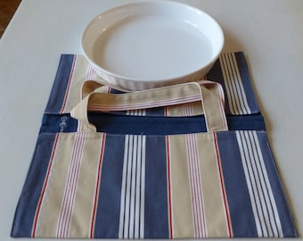 bag has white, blue, beige, red striped fabric pie for a vintage pie 28/30 cm