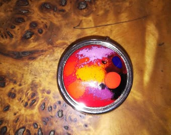 Pink and orange and Red pillbox in enamels on copper