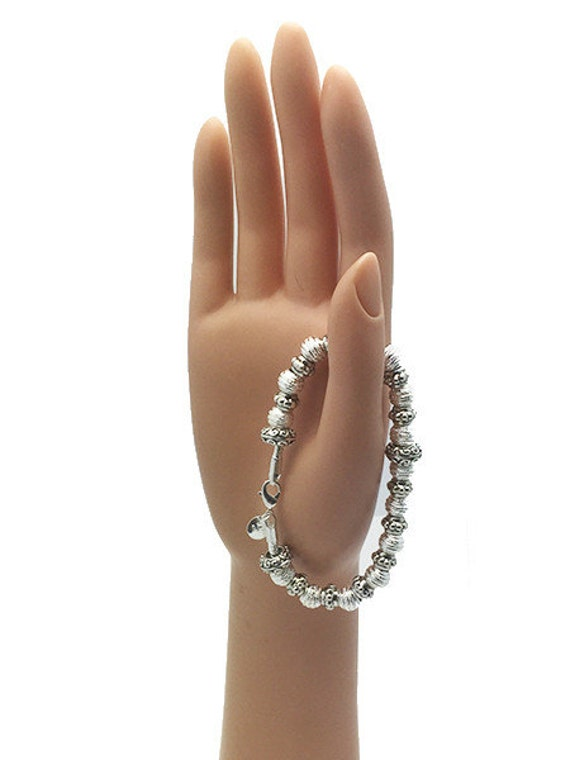"BRACELET - Silver Beads, Very Pretty, 7 1/2"" +FREE SHIPPING & Discounts*"