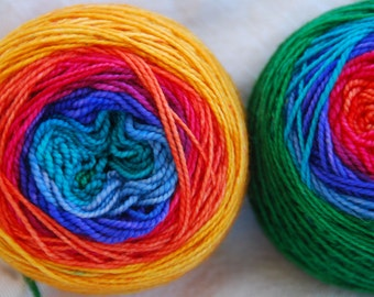 Yarn, handdyed, 100% Mcn, handdyed, colour Regenbogen 2, selfstriping