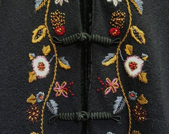 90's Curio Black cardigan with floral embroidery