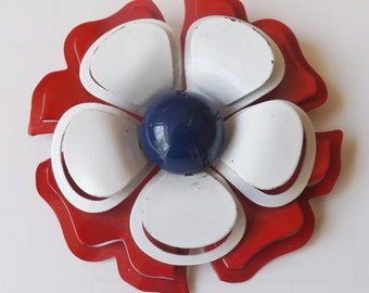 Vintage patriotic enamel flower pin or brooch red white and blue dimensional pierced cut-out tri color