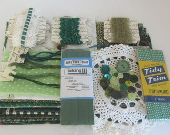 Vintage green sewing notions lot, Sewing and craft supplies, Sewing accessories, Green sewing lot, Haberdashery