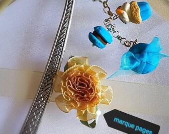 Bookmark in blue tones