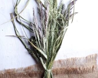Dried grass bunch, natural grass home decor, vase filler, rustic home decor, green, grey, Grass arrangement, wildflowers