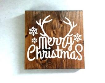 Merry Christmas reindeer sign, christmas decor, rustic decor, christmas gift, deer sign, christmas deer, christmas reindeer sign