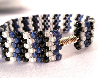 Blue, Black and White Peyote Stitch Bracelet with Silver Magnetic Clasp