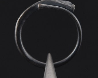 What Remains - Rib Ring 3 in oxidized sterling silver