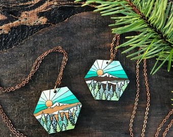 Wooden Necklace - Snowy Mountain Hex