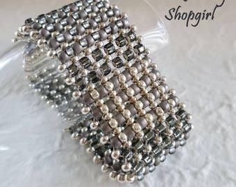 Monochromatic RAW Bracelet