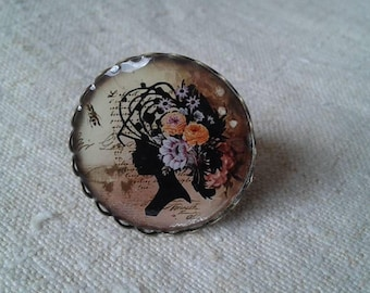 """ring """"woman in flowered hair"""""""