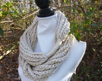 Large Tan Chunky Infinity Jewelry Chain Scarf