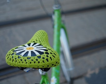 "Bicycle seat cover ""Daisy"""